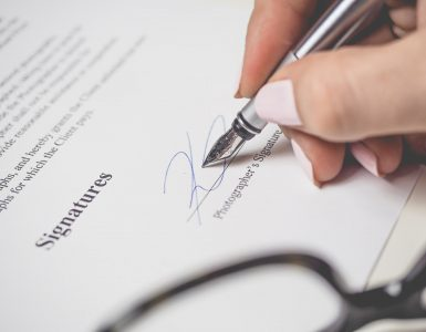 7 Things to Check Before Signing Employment Contracts 3