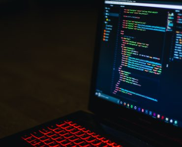 5 Powerful IDEs to Use When Writing Code for Data Science 3